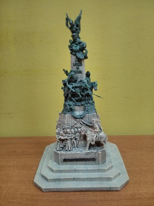 Trofeo del monumento a la Batalla de Vitoria